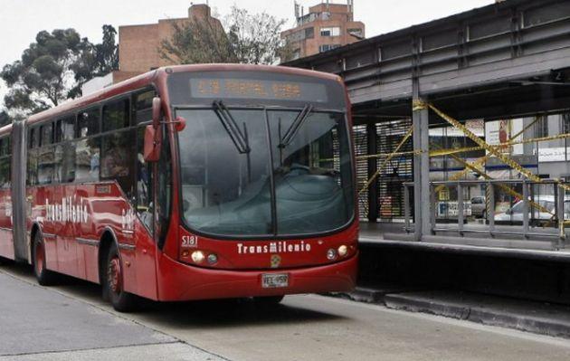 Colombia: quejas de usuarios por cucarachas en transporte público