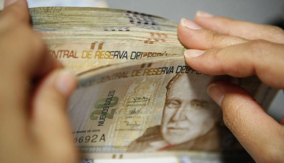 Ambos pagos, gratificación y bonificación extraordinaria, deben constar en la planilla electrónica de julio del 2019. (Foto: Andina)