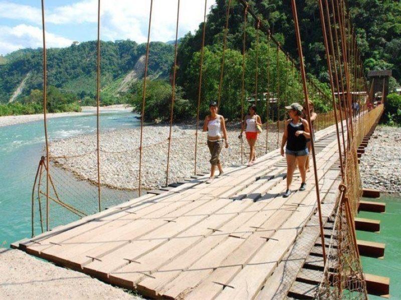 El puente Quimirí tiene más de 100 años de construído. (Foto: Turismoi.pe)
