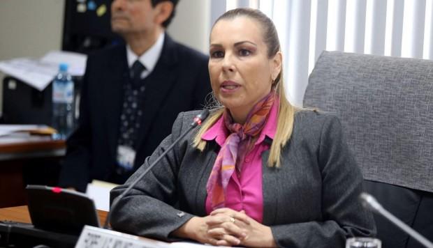 Caso Chinchero: Fiscalía formalizó investigación contra Fiorella Molinelli por adenda al contrato