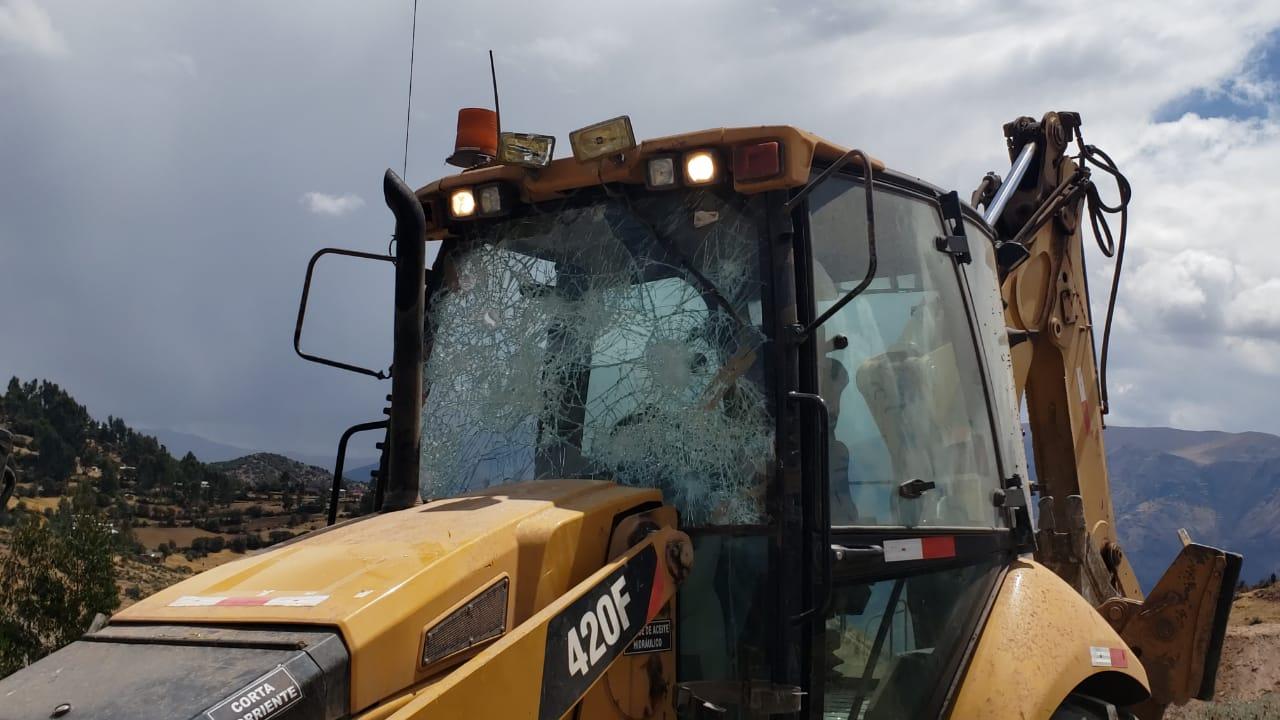 La maquinaria pesada afectada durante el desbloqueo. (Foto: cortesía)