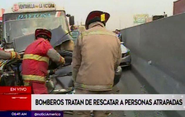 Choque múltiple en la Panamericana Norte deja varios heridos