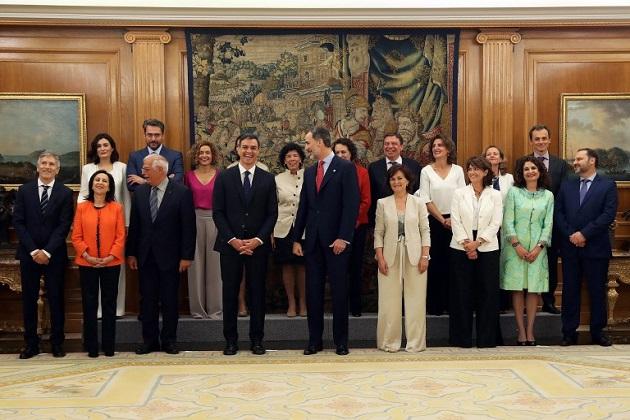 El gobierno más femenino en la historia de España asume el poder