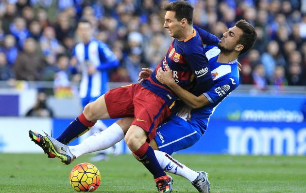Espanyol frena la marcha triunfal del Barcelona
