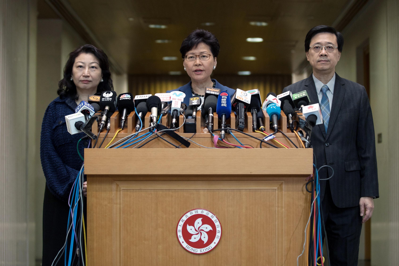 """Lam aclaró en una rueda de prensa que el proyecto, que podría permitir a China acceder a """"fugitivos"""" en territorio hongkonés, queda """"suspendido"""" temporalmente. (Foto: EFE)"""