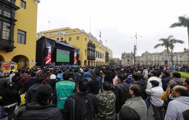 Perú vs. Chile: el partido se podrá ver en pantalla gigante en la plaza de Armas