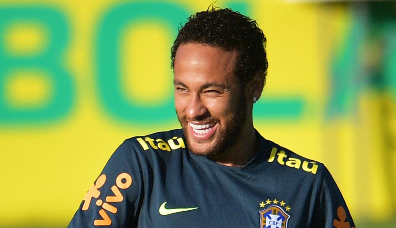 Juvenil que hizo 'huacha' a Neymar abandonó concentración brasileña