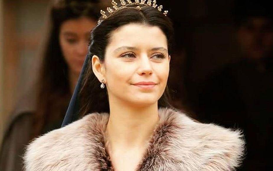 La sultana: todo sobre la telenovela turca de Beren Saat