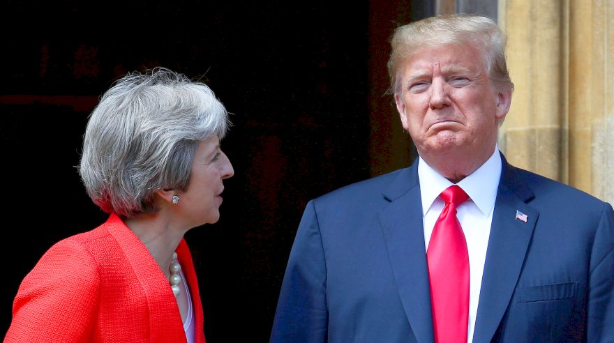 "Trump califica el manejo del Brexit por Theresa May como un ""desastre"""