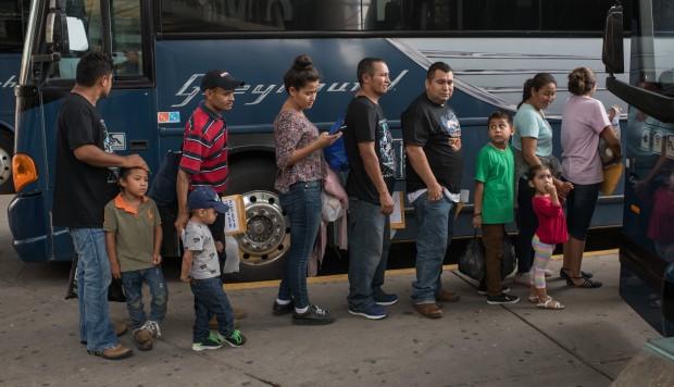 México prevé que Estados Unidos le enviará 50.000 migrantes en espera de asilo