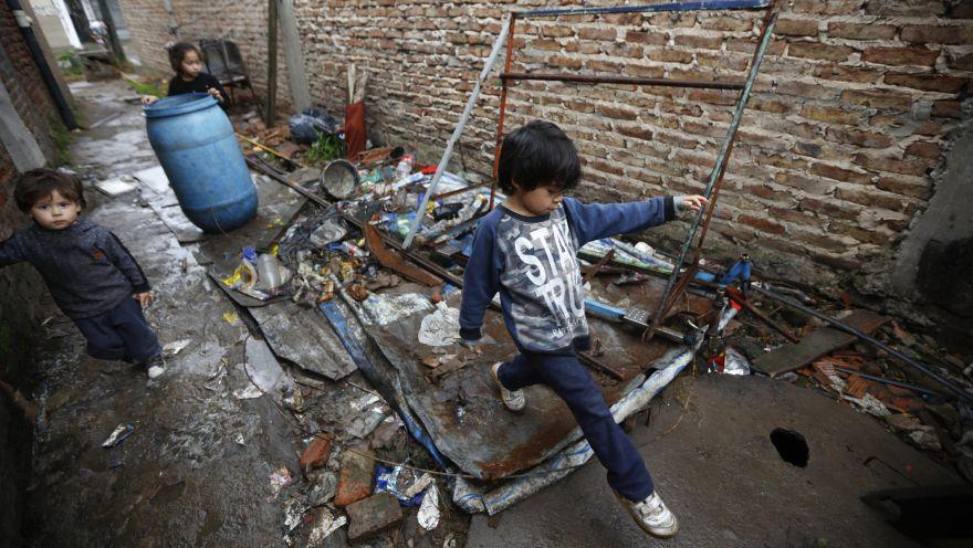La crisis económica sacude la vida de los argentinos   FOTOS