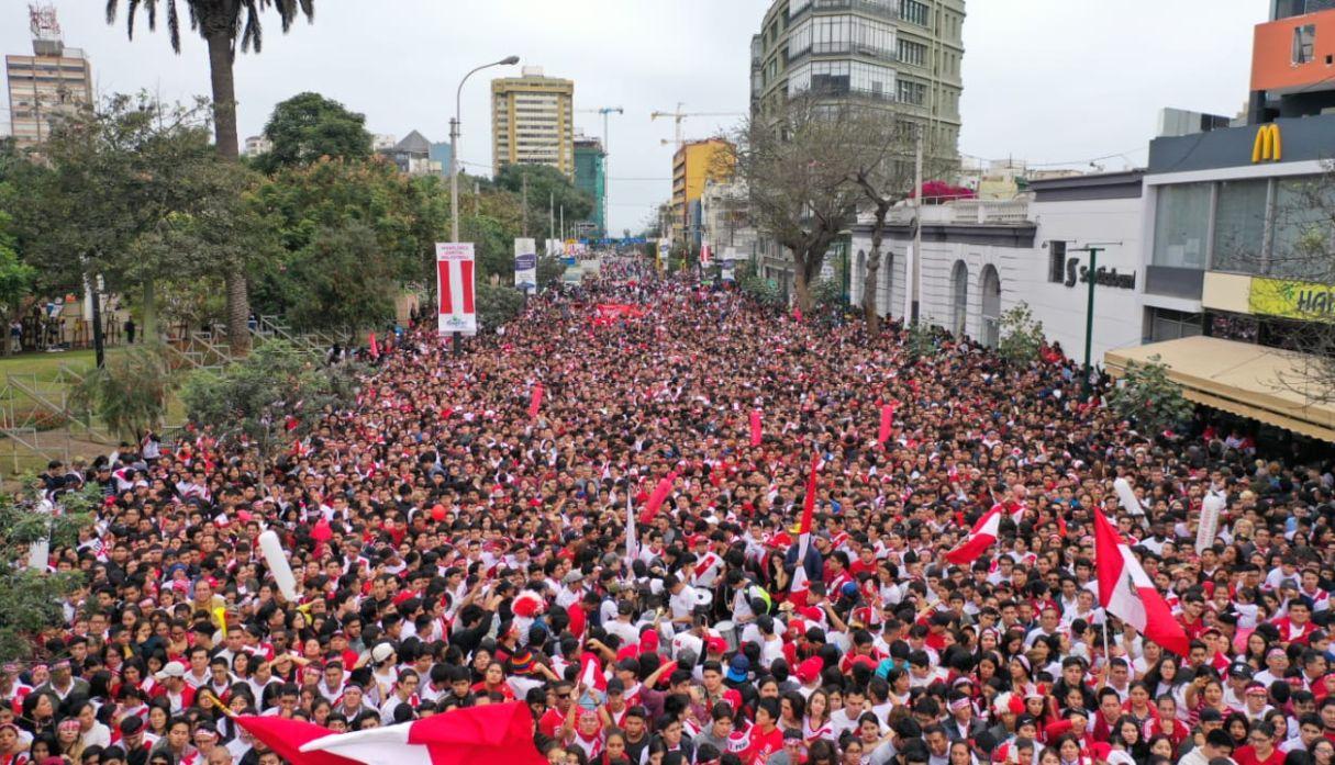 Perú vs. Brasil: hinchas tomaron las calles de Lima por la final de la Copa América 2019
