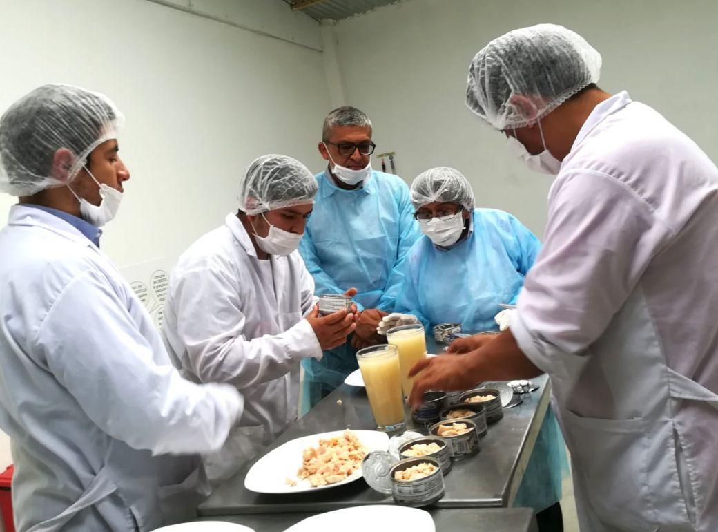 Cajamarca: Fiscalía retuvo 849 cajas de latas de conserva en presunto mal estado destinadas a Qali Warma