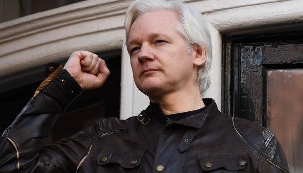Assange tiene miedo de ser extraditado a Estados Unidos, dice informático sueco Ola Bini