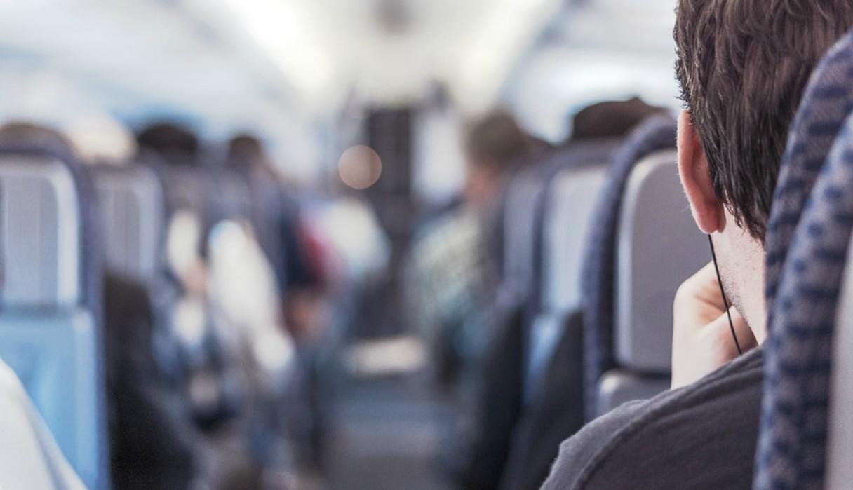 """Un piloto les pidió a sus pasajeros que """"recen"""" mientras el avión se sacudió durante 2 horas seguidas"""