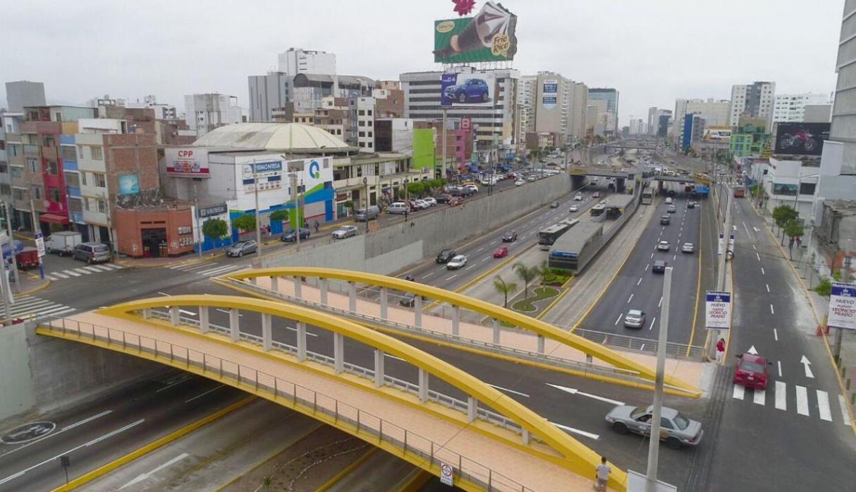 Contraloría descubre pagos sin sustento en puente Leoncio Prado, inaugurado por Castañeda