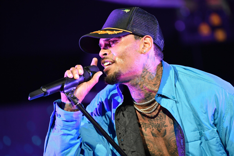 Chris Brown no asiste a una audiencia judicial parisina por presunta violación | FOTOS