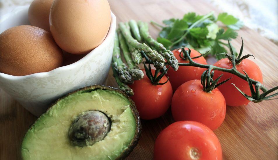 Palta y huevo, una combinación saludable que te ayuda a reducir medidas