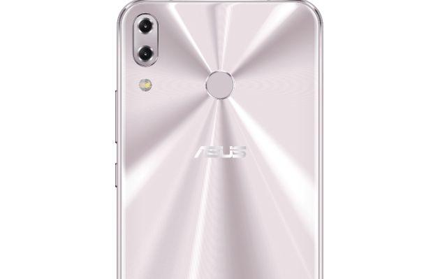 ASUS presenta la nueva serie ZenFone 5 en el MWC 2018