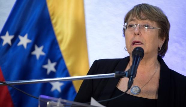 Bachelet pide liberar a detenidos por ejercer derechos civiles en Venezuela