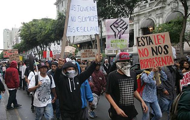 Régimen laboral juvenil: Hoy tercera marcha llegará hasta la Confiep