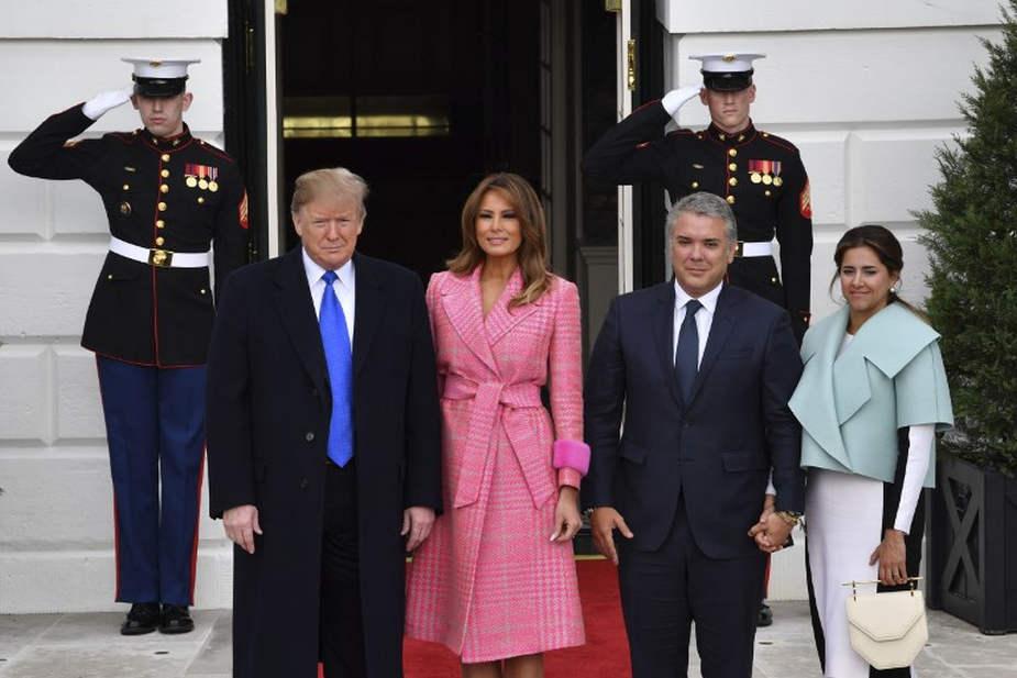 Memes por el extraño vestuario de la primera dama colombiana en su visita a la Casa Blanca