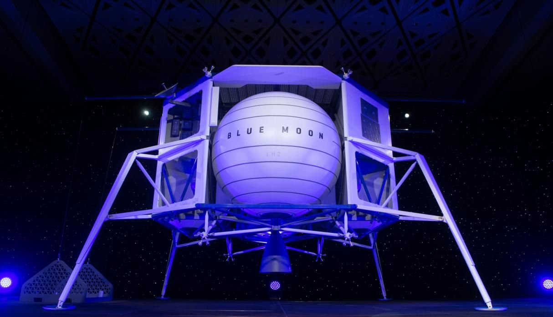 """Multimillonario Jeff Bezos desvela un vehículo de alunizaje llamado """"Blue Moon"""""""