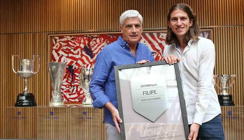 Atlético de Madrid: Filipe Luis se despidió del club español y definirá su futuro en breve