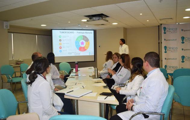 Primer Tumor Board en Clínica Ricardo Palma reunió a diversos especialistas en oncología