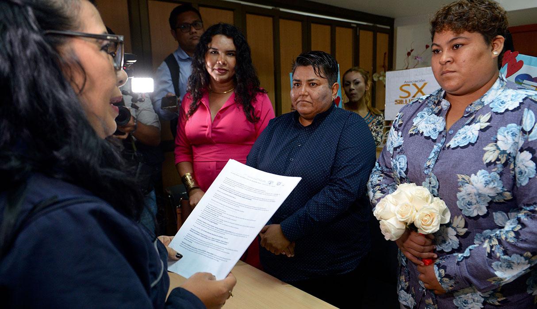 Ecuador: Guayaquil acoge primera boda entre personas del mismo sexo | FOTOS