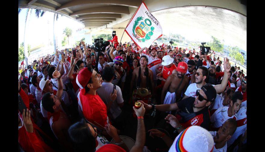 Perú vs. Brasil: los hinchas arman la fiesta previo a la final de la Copa América en el Maracaná | FOTOS