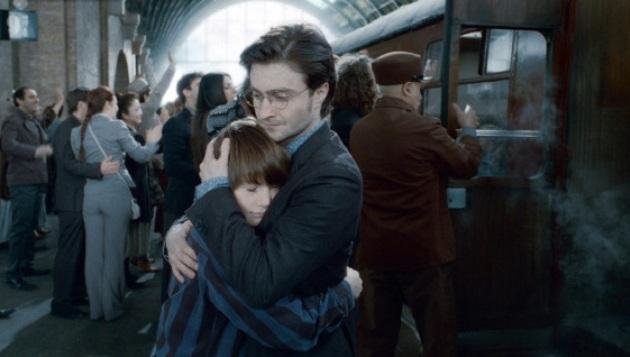 Twitter celebra la partida del hijo de Harry Potter a Hogwarts