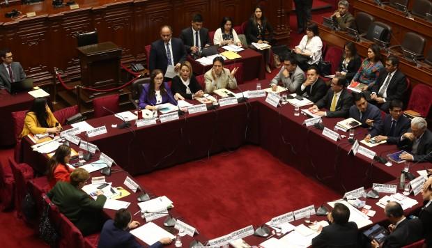 Comisión de Constitución debatirá proyecto sobre inmunidad parlamentaria