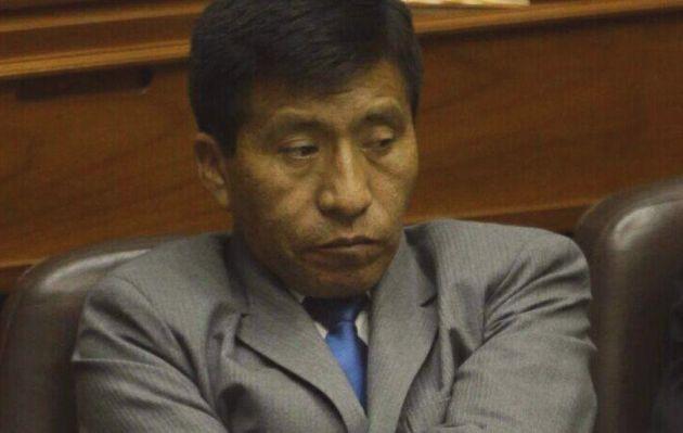 Fuerza Popular suspende temporalmente a congresista Moisés Mamani