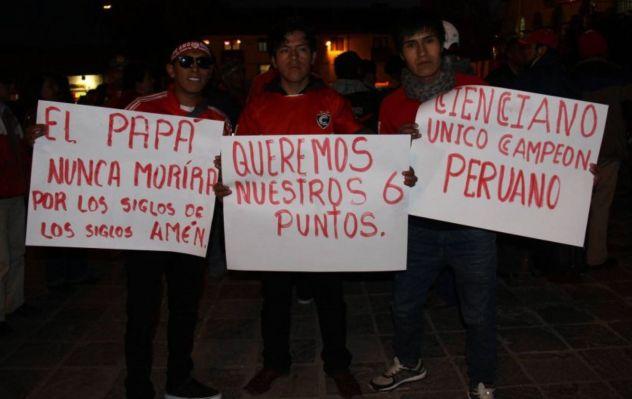 Hinchas del Cienciano marcharán hacia la Videna para pedir que no descienda