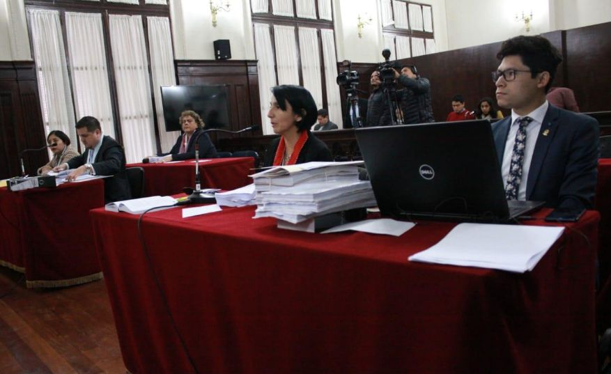 Dictan comparecencia restringida contra fiscal Sandro Paredes y gobernador Mandriotti