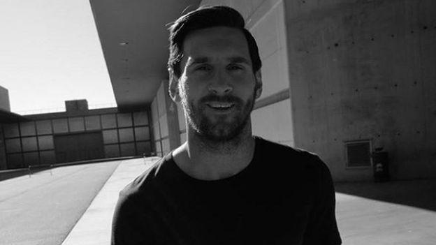 Lionel Messi se relaja así tras victoria de Barcelona en clásico ante Real Madrid   VIDEO