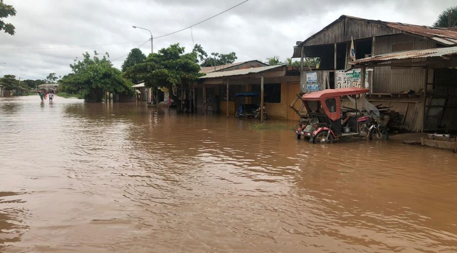 Ucayali: decenas de viviendas afectadas tras desborde del río Aguaytía   FOTOS