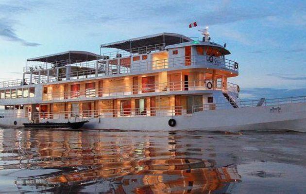 Iquitos: piratas asaltan crucero turístico en río Amazonas