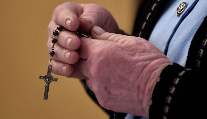 Chile: Denuncian a un profesor y tres sacerdotes por abusos sexuales en colegios jesuitas