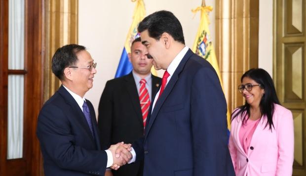 Maduro anuncia piloto de red 5G y reitera a China como socio estratégico
