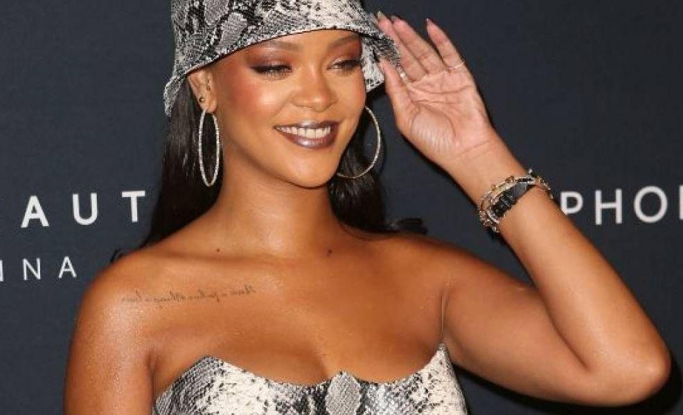 Rihanna y sus fotos en bikini por las que la hicieron pedazos