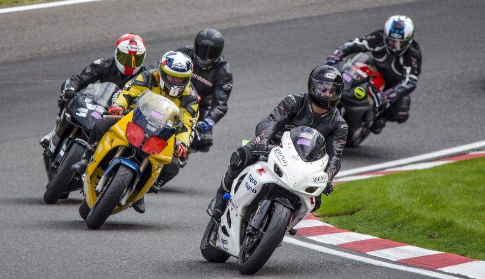 Esta carrera de motos será lo más divertido que verás en YouTube