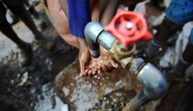 Casi 800,000 mueren al año en el mundo por la falta de acceso a agua potable