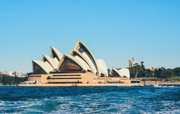 Puedes postular a más de 500 becas para estudiar en Australia