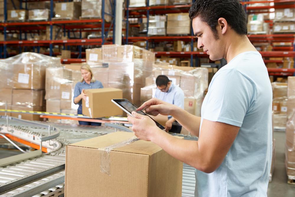 Los clientes de Claro que cuenten con Servicios Fijos, Móviles o Cloud acceden a un precio preferencial al contratar Factura Electrónica WEB en plan Emprende a S/19 y en plan Avanza S/45.