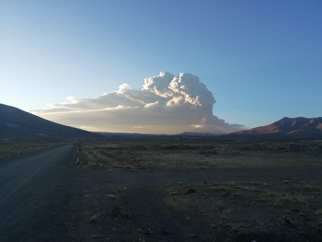 Erupción del volcán Ubinas: Gobierno declara en emergencia 12 distritos de Puno