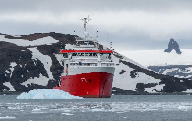 Marina de Guerra del Perú presenta exposición fotográfica sobre Perú y la Antártida