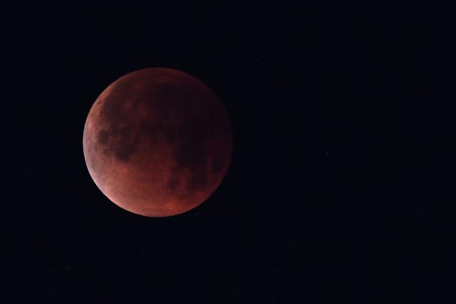 Sigue EN VIVO el eclipse lunar más largo del siglo XXI [VIDEO]