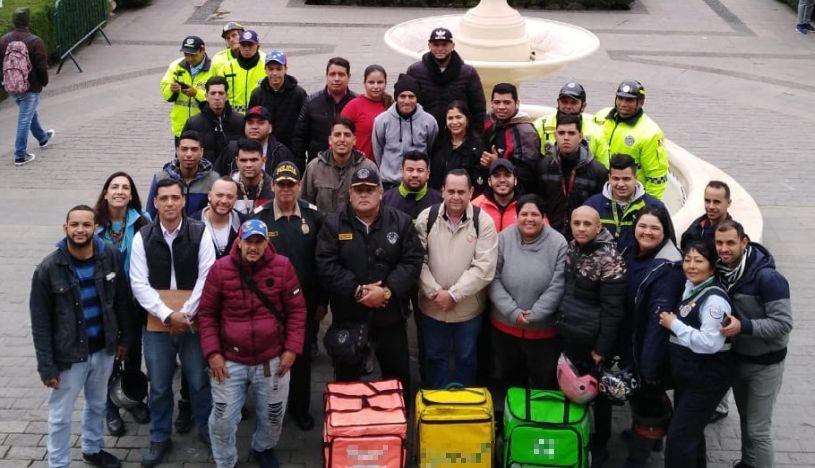 Surco planea empadronar a motociclistas que realizan servicio de delivery en el distrito